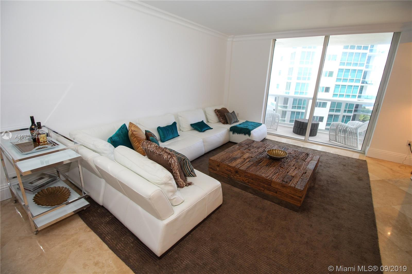 10275 Collins Ave #833 photo04