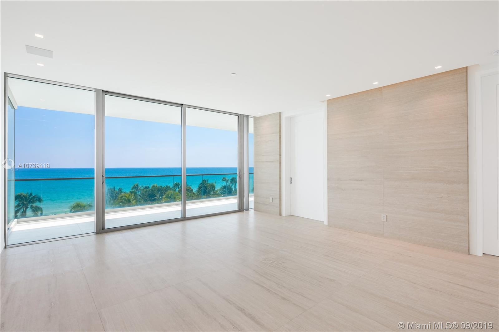 10201 Collins Ave #501 photo011