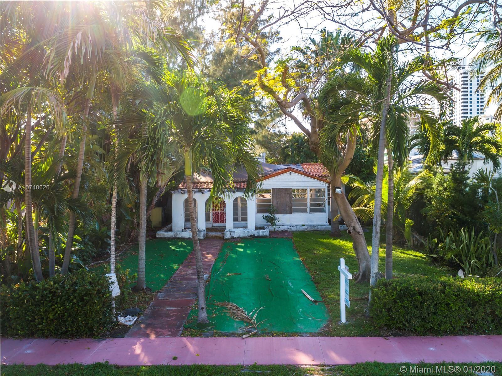 1226 Lenox Ave - Miami Beach, Florida