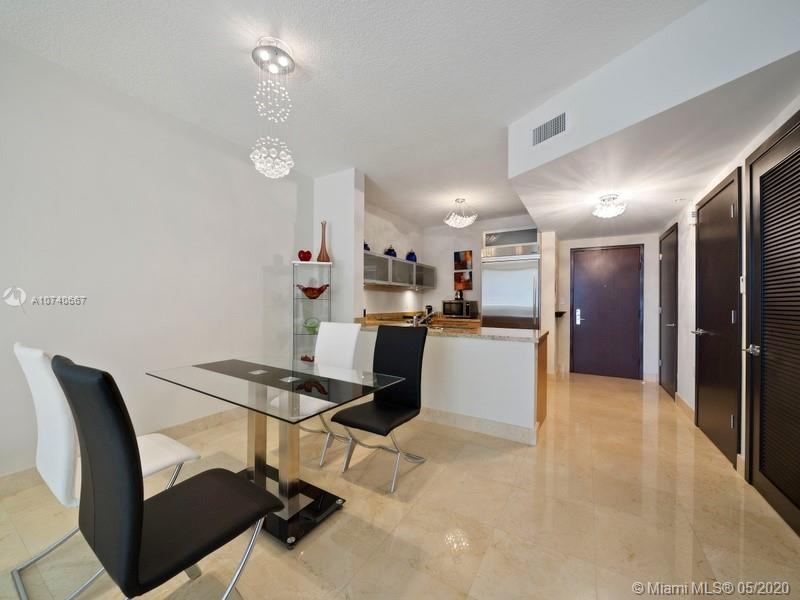 16275 Collins Ave #2403 photo03