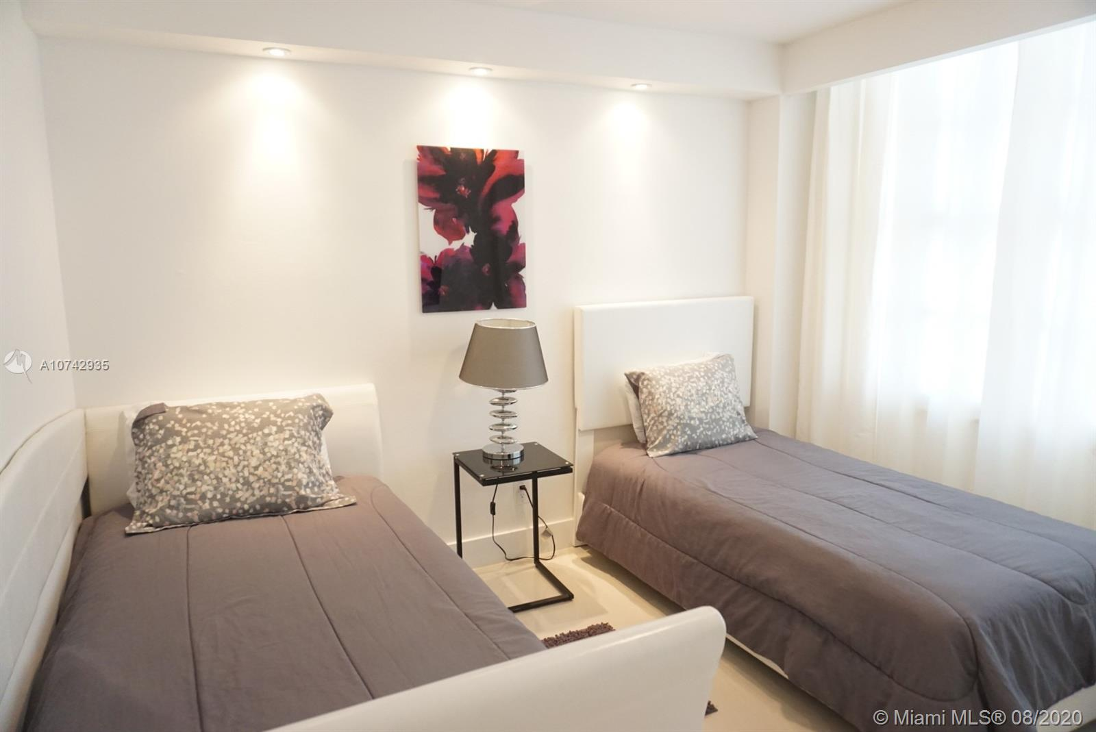 5161 Collins Ave #1611 photo08
