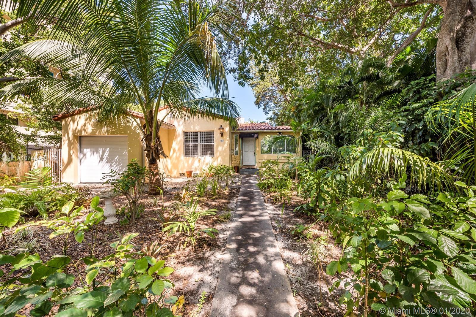5981 NE 6th Ave - Miami, Florida