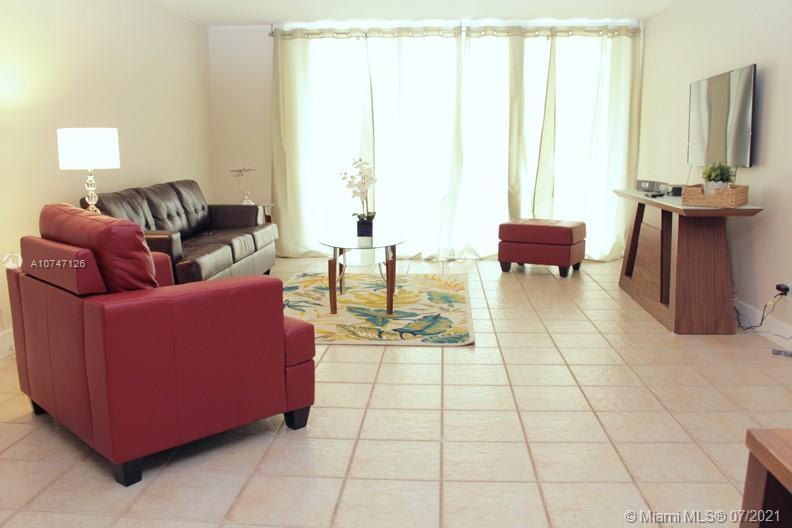 5151 Collins Ave #427 photo02