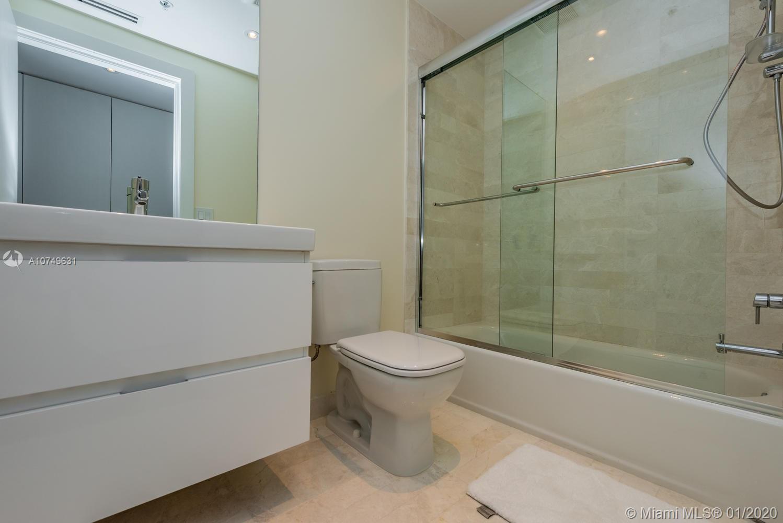 Property 17111 Biscayne Blvd #809 image 42