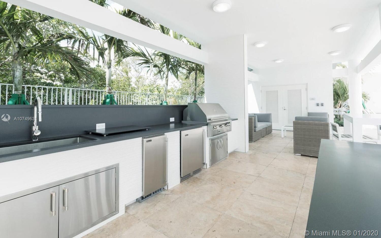 Property 17111 Biscayne Blvd #809 image 64