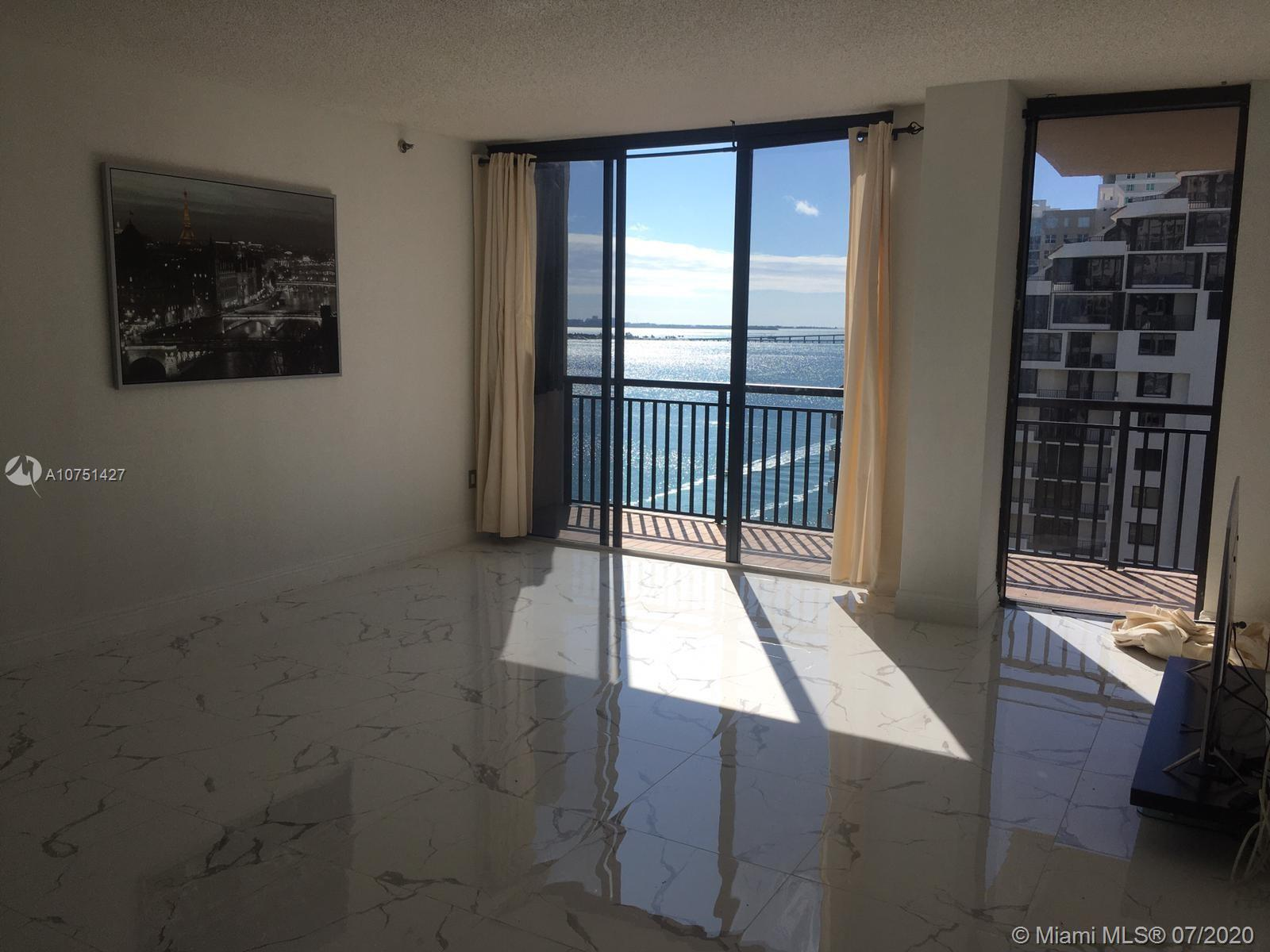 540 Brickell Key Dr #1621 photo06