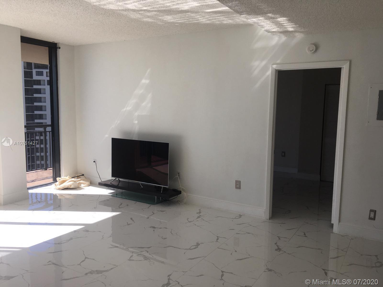 540 Brickell Key Dr #1621 photo07