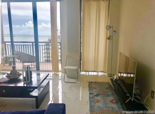 540 Brickell Key Dr #1621 photo03