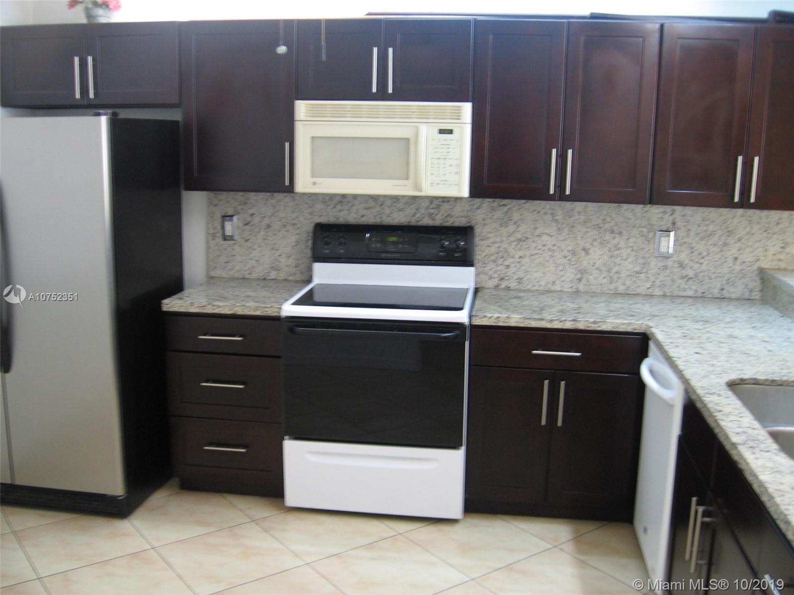 8020 Hampton Blvd # 303, North Lauderdale, Florida 33068, 2 Bedrooms Bedrooms, ,2 BathroomsBathrooms,Residential Lease,For Rent,8020 Hampton Blvd # 303,A10752351