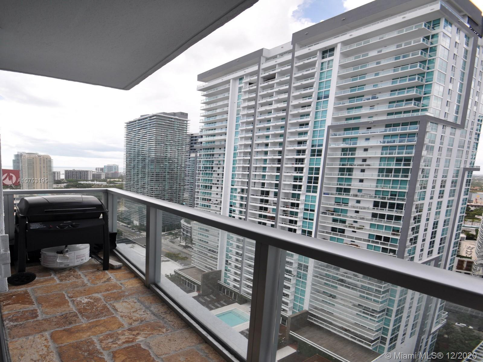 1060 Brickell Ave #3111 photo013