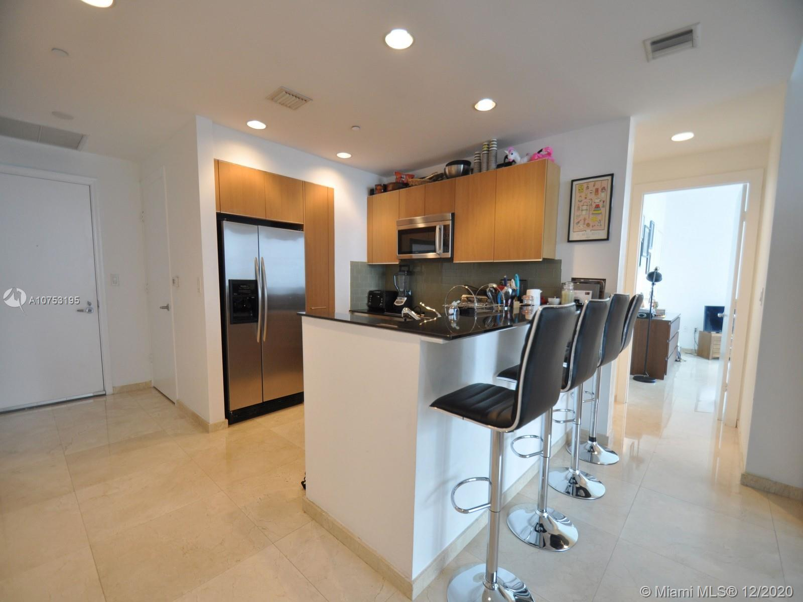 1060 Brickell Ave #3111 photo09