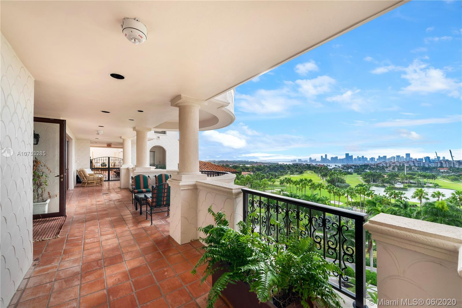 7882 Fisher Island Dr #7882 photo06