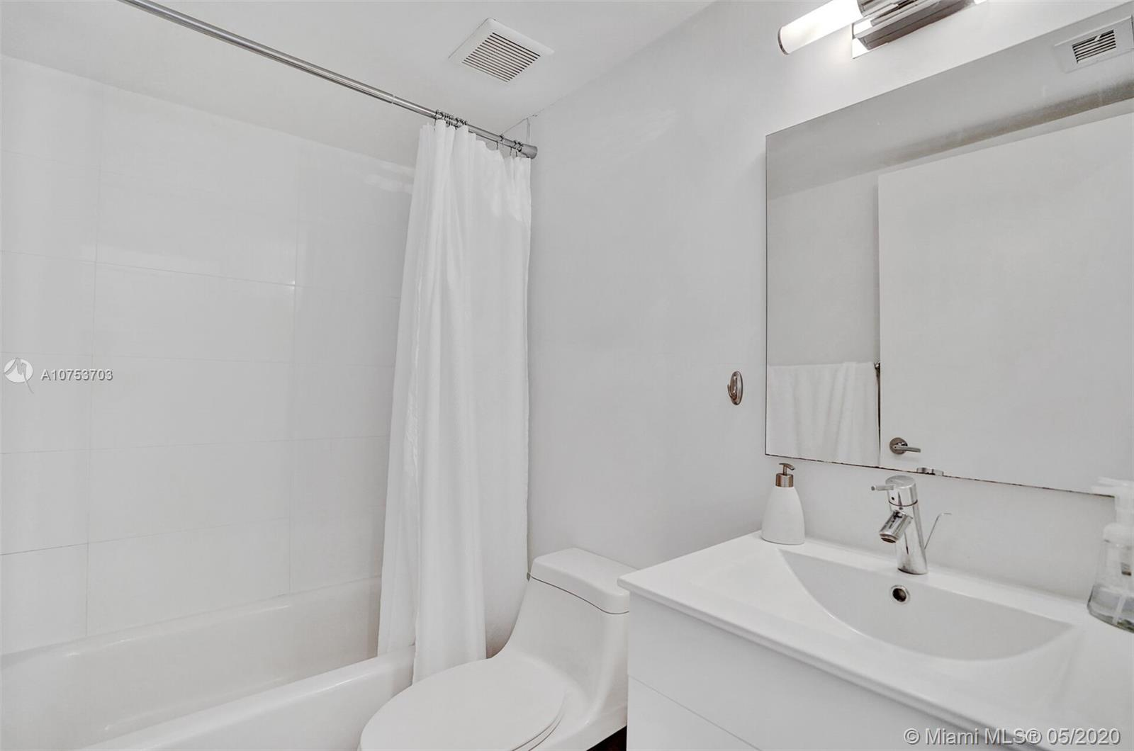 6767 Collins Ave #408 photo013