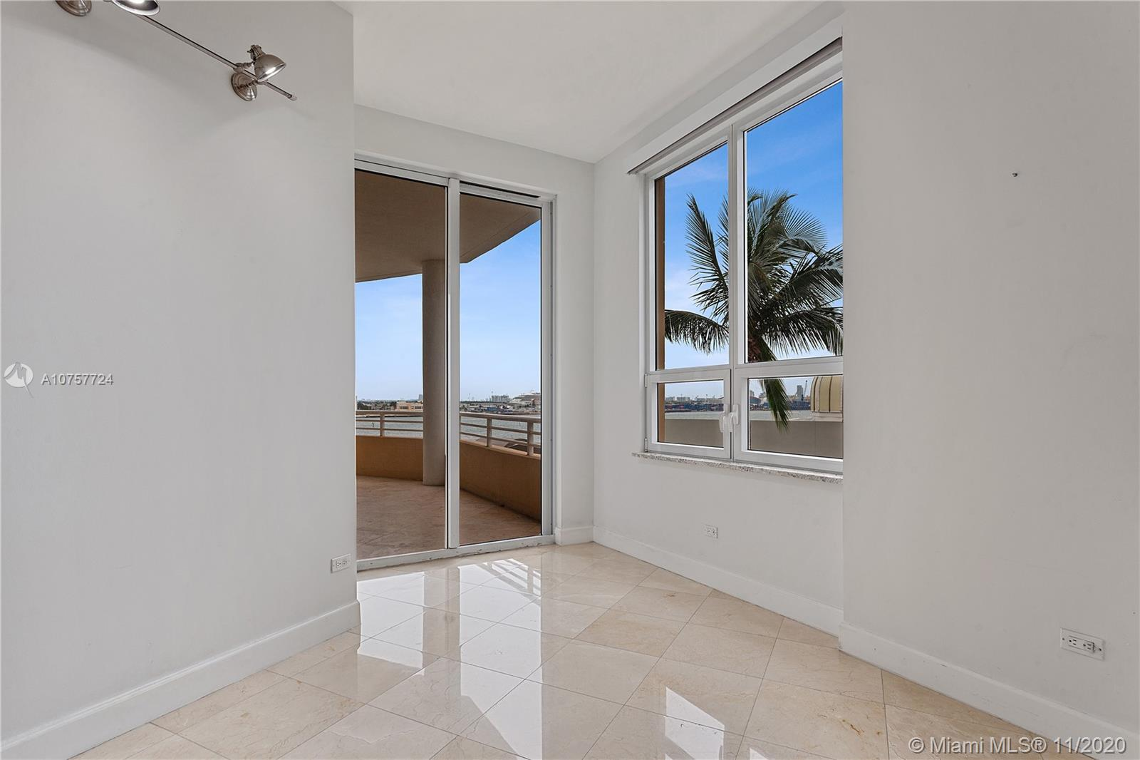 848 Brickell Key Dr #601 photo022