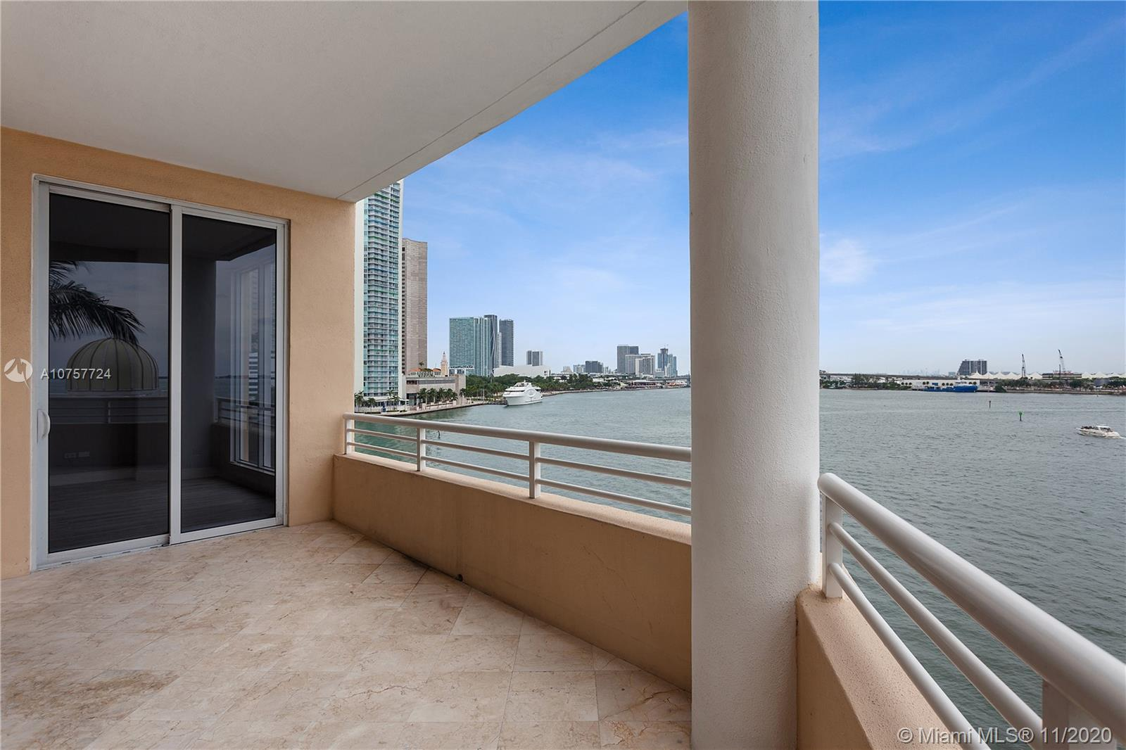 848 Brickell Key Dr #601 photo032