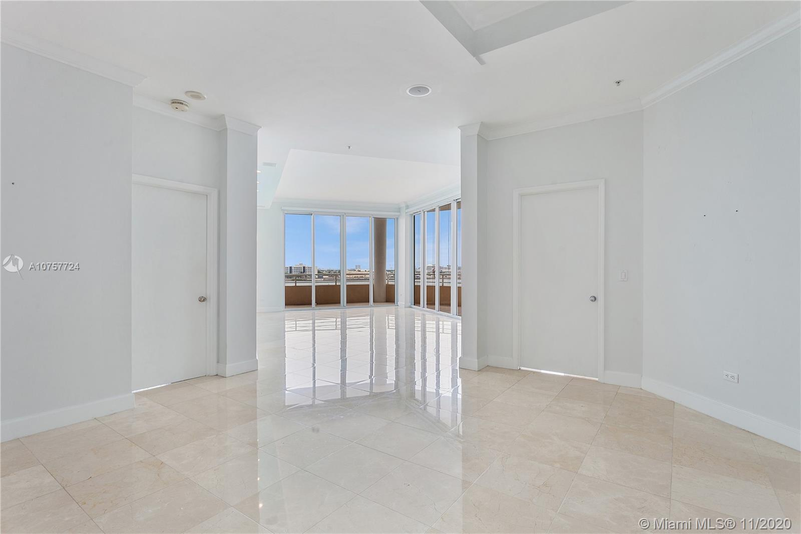 848 Brickell Key Dr #601 photo020