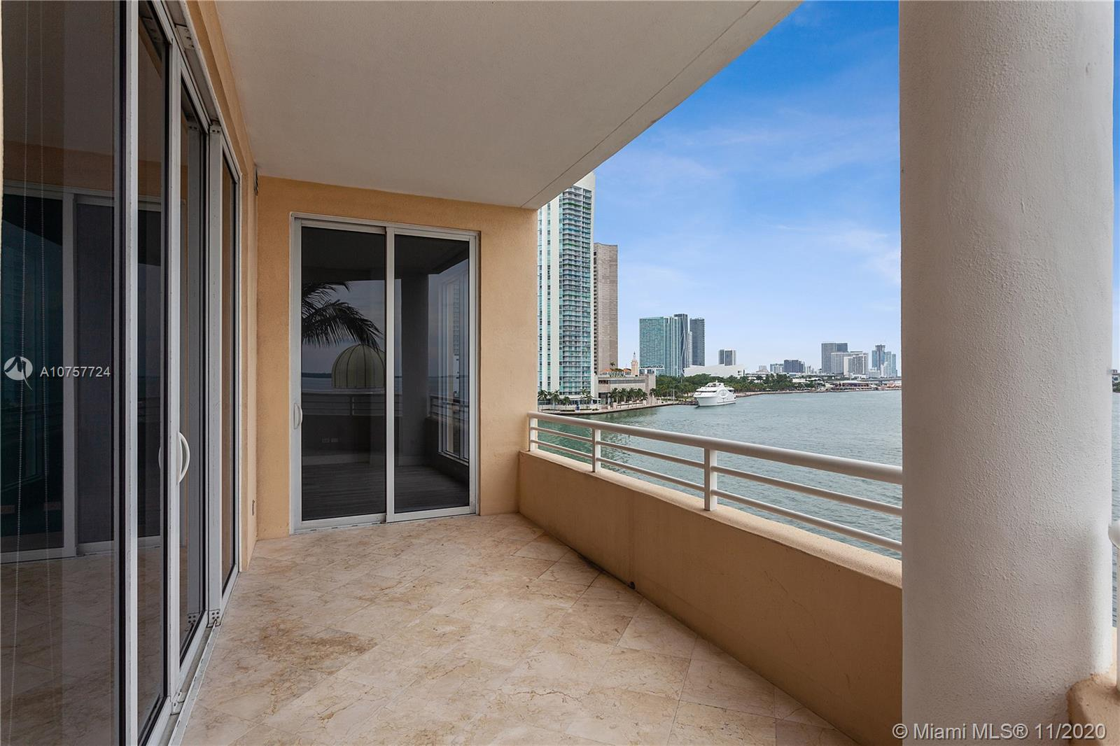 848 Brickell Key Dr #601 photo034