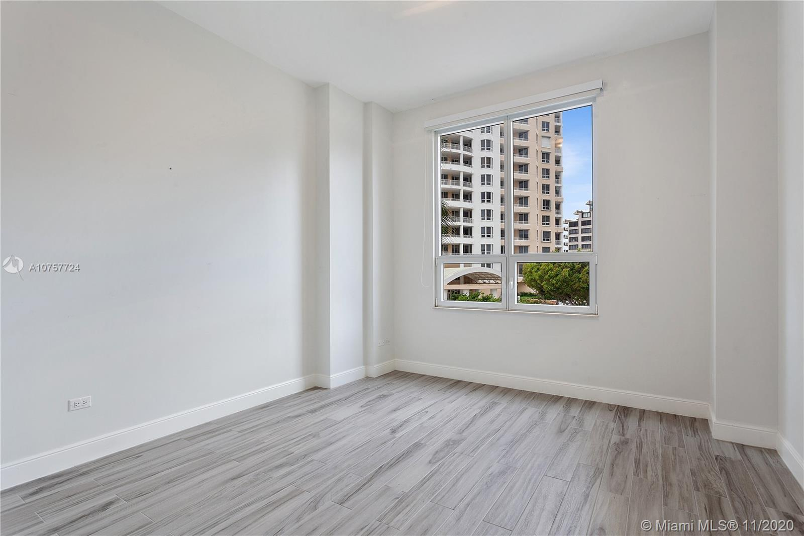 848 Brickell Key Dr #601 photo031