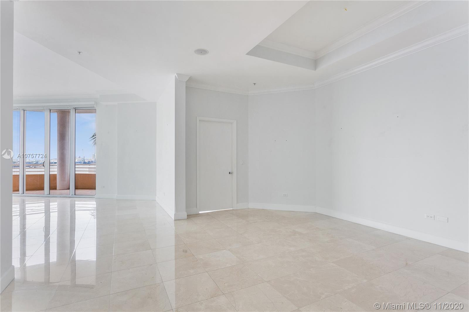 848 Brickell Key Dr #601 photo021