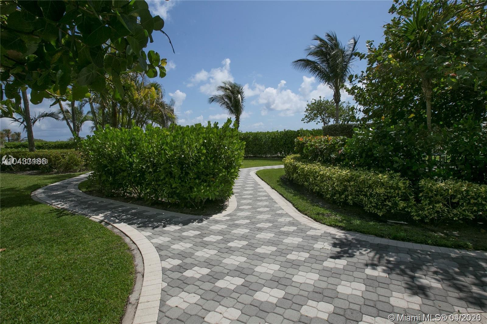 8877 Collins Ave #204 photo015