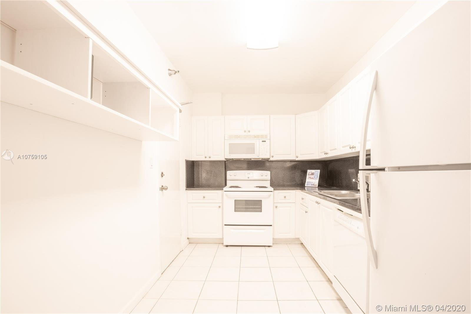 10185 Collins Ave #214 photo07