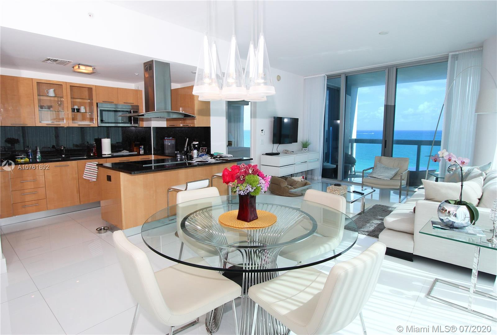 6899 Collins Ave #908 photo02
