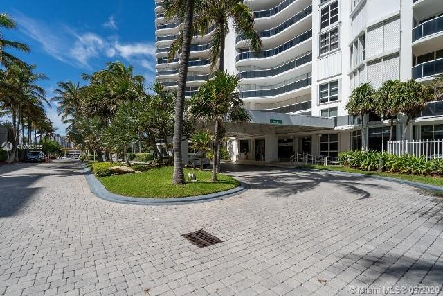 16711 Collins Ave #1007 photo02