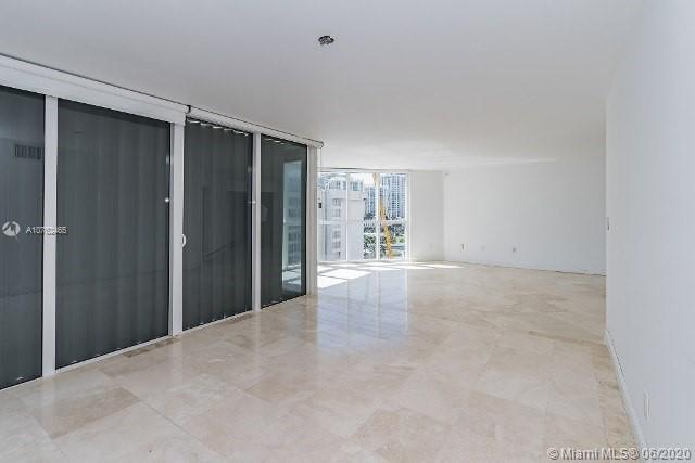 16711 Collins Ave #1007 photo07