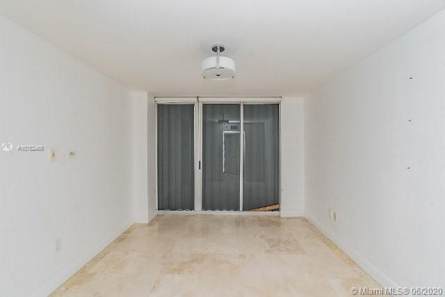16711 Collins Ave #1007 photo010