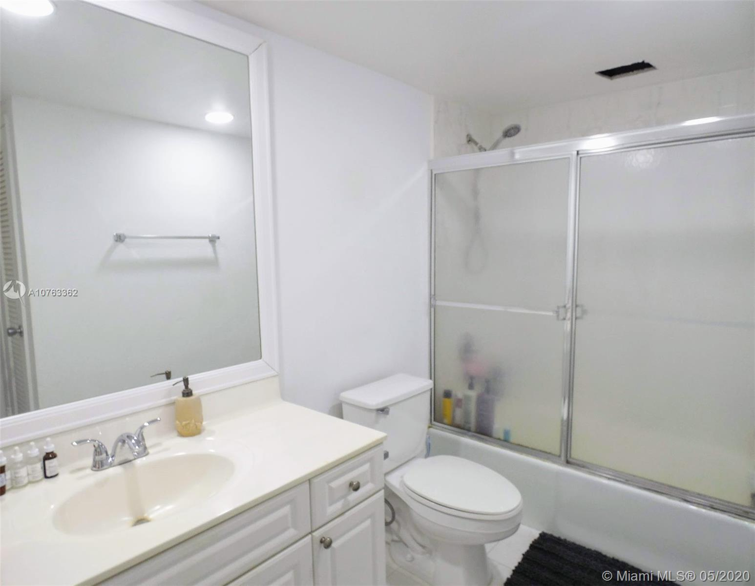 19390 Collins Ave #1009 photo09