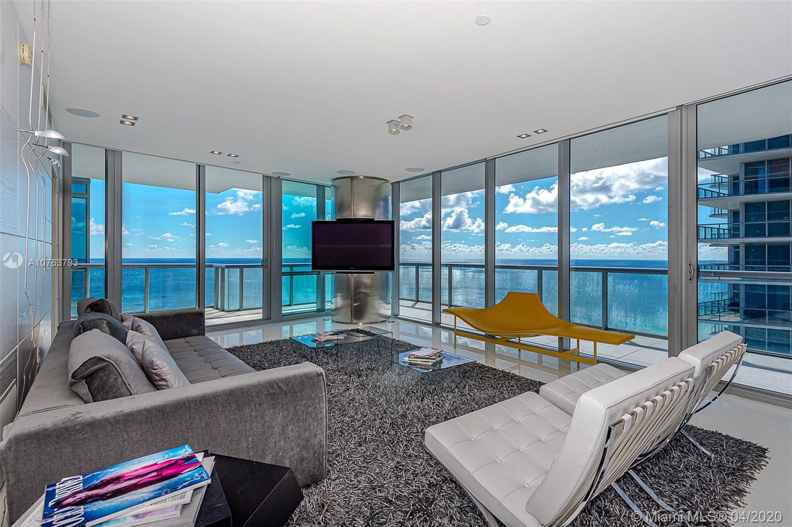 Property 17121 Collins Ave #3501 image 1