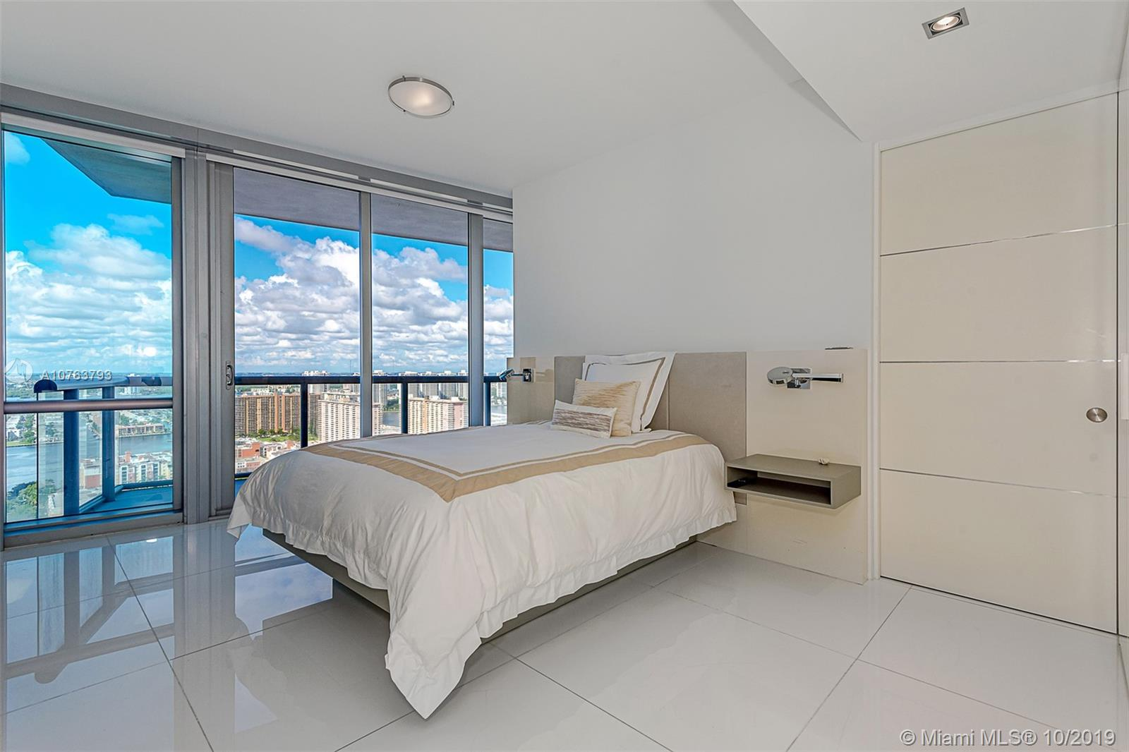 Property 17121 Collins Ave #3501 image 32