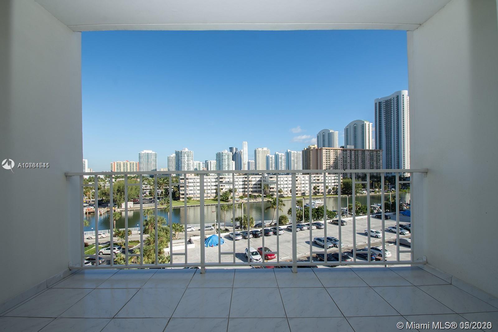 Arlen House #611 - 300 Bayview Dr #611, Sunny Isles Beach, FL 33160