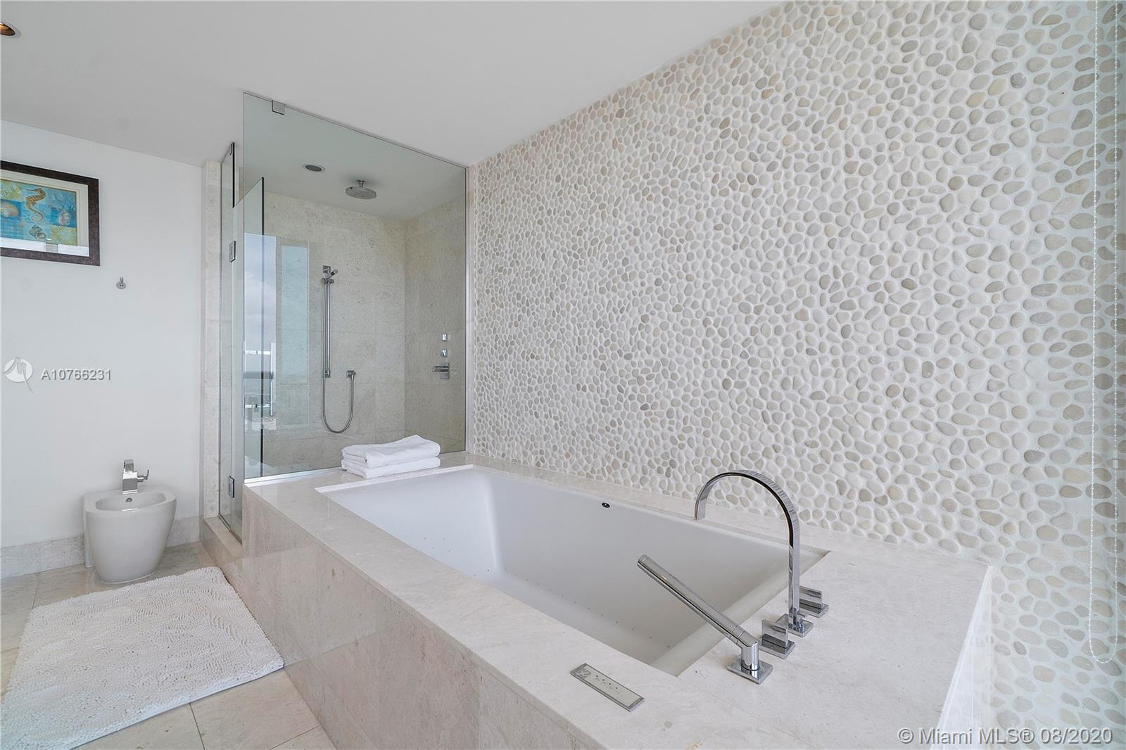 17121 Collins Ave #1808 photo029