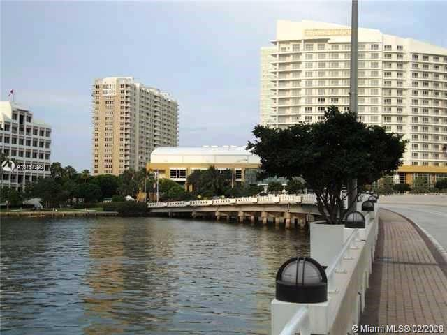 540 Brickell Key Dr #603 photo031