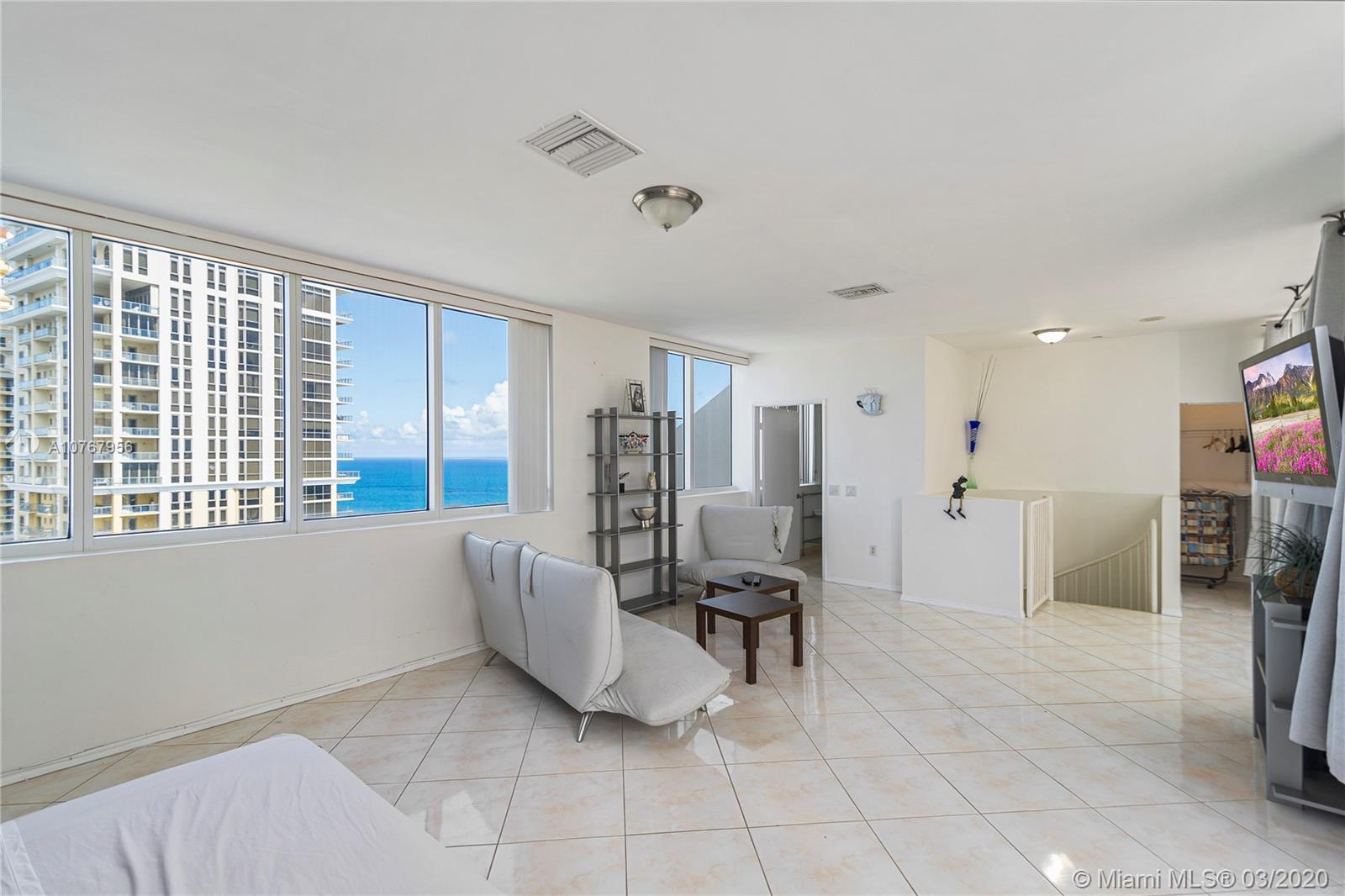 17555 Collins Ave #TS-2 photo025