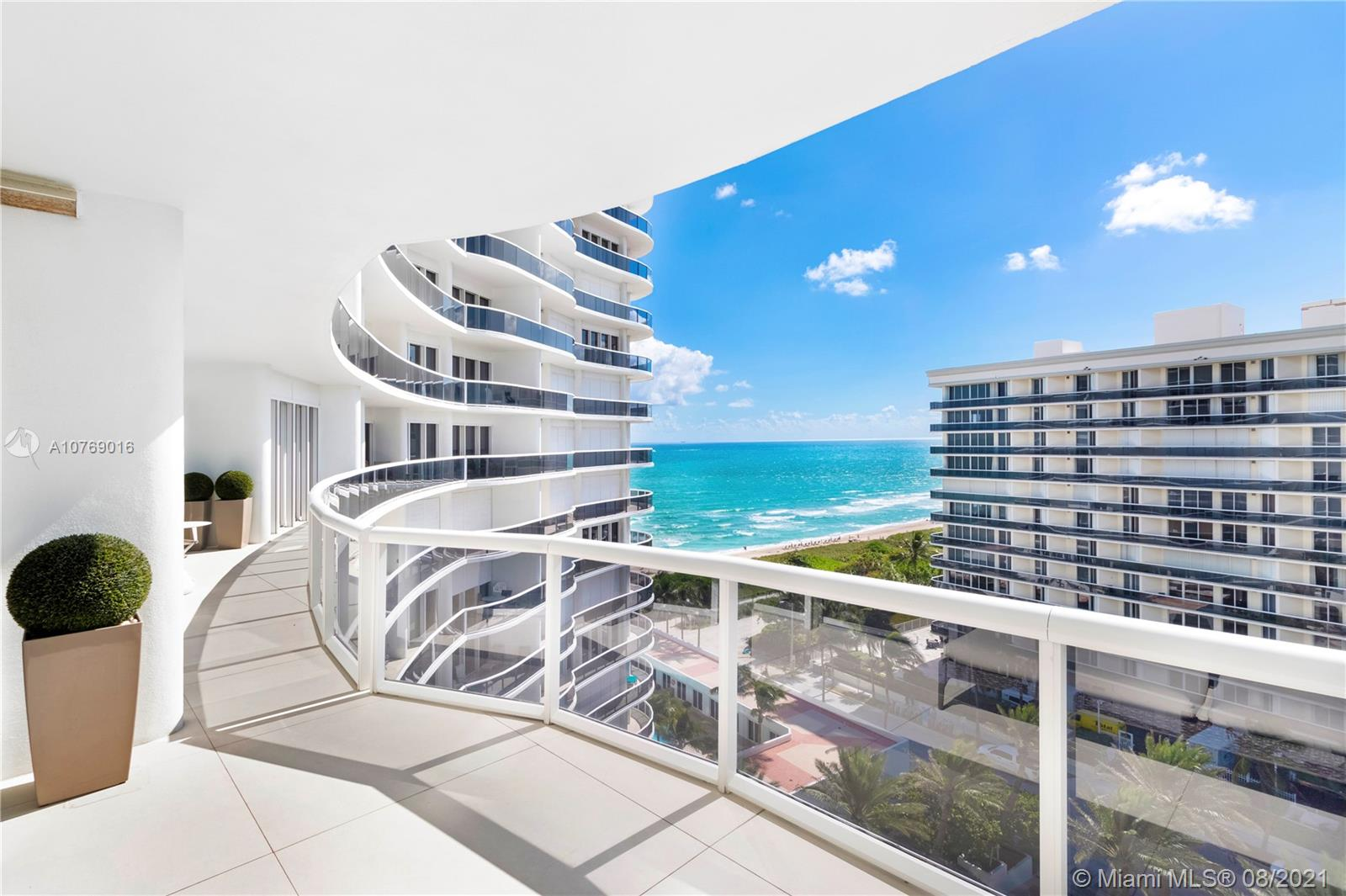 Majestic Tower #1009 - 9601 Collins Ave #1009, Bal Harbour, FL 33154