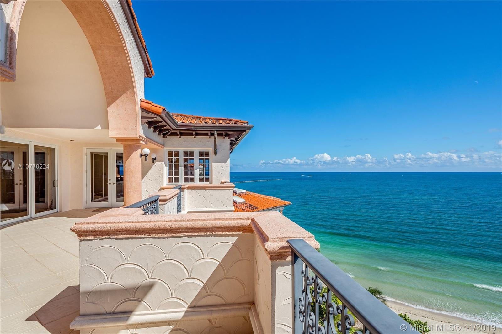 7795 Fisher Island Dr #7795 photo08