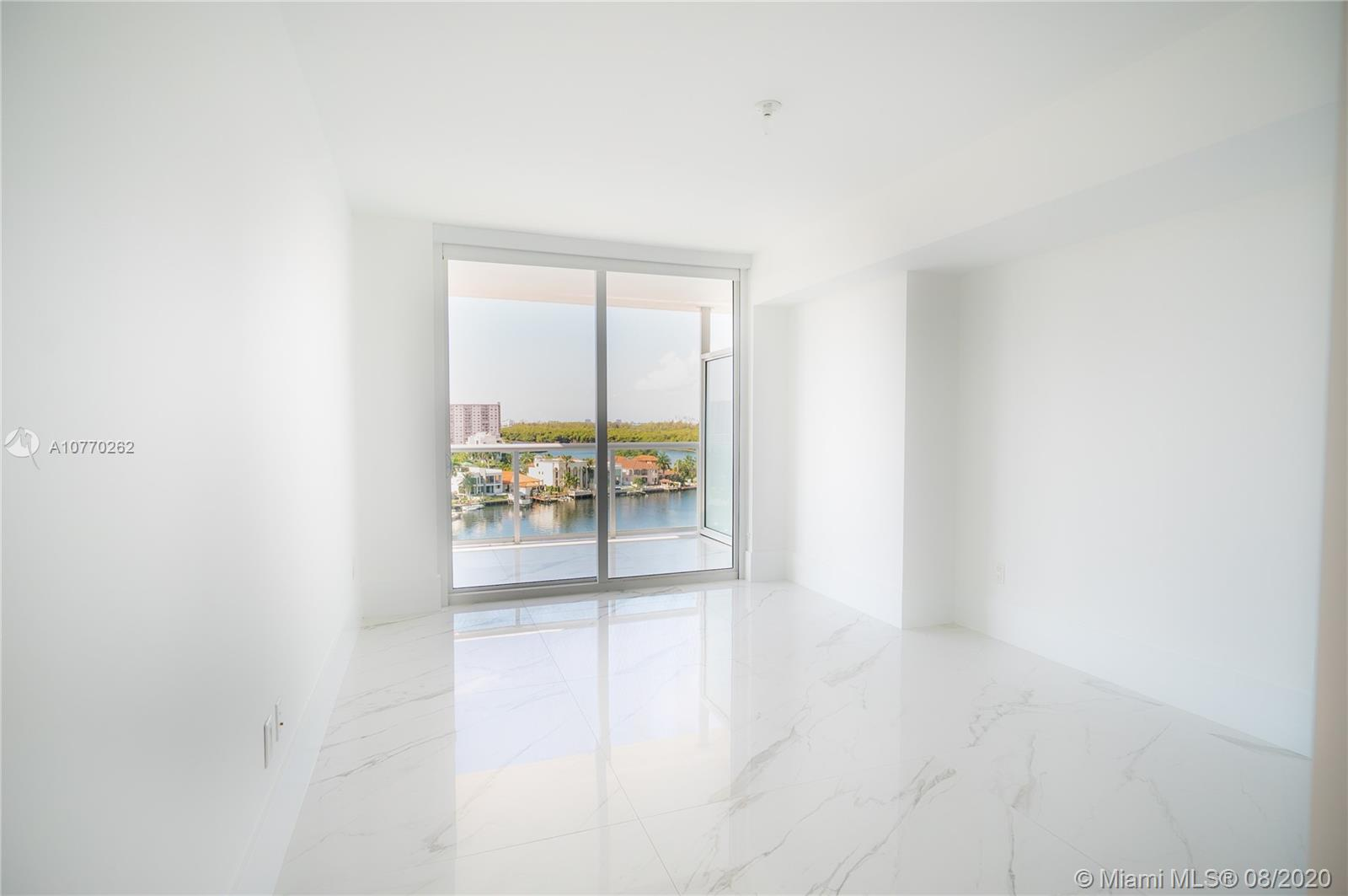 400 Sunny Isles Blvd #917 photo011