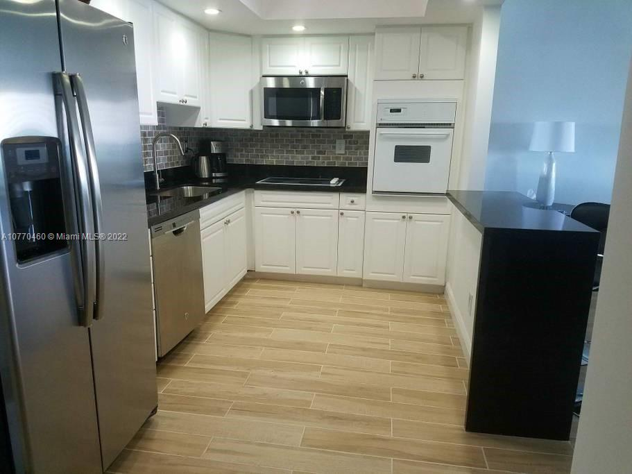 19370 Collins Ave #717 photo09