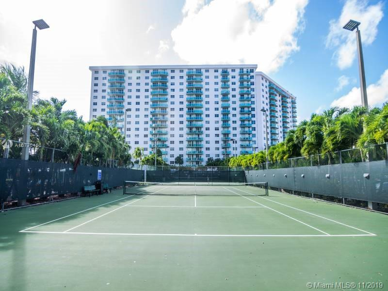 19370 Collins Ave #717 photo025