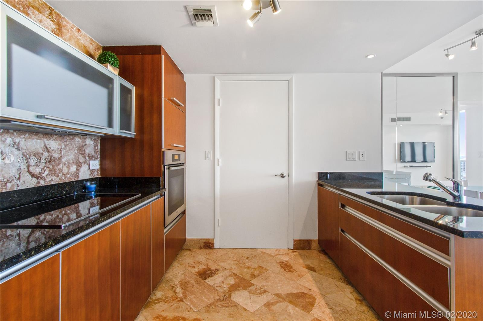 17201 Collins Ave #1606 photo012