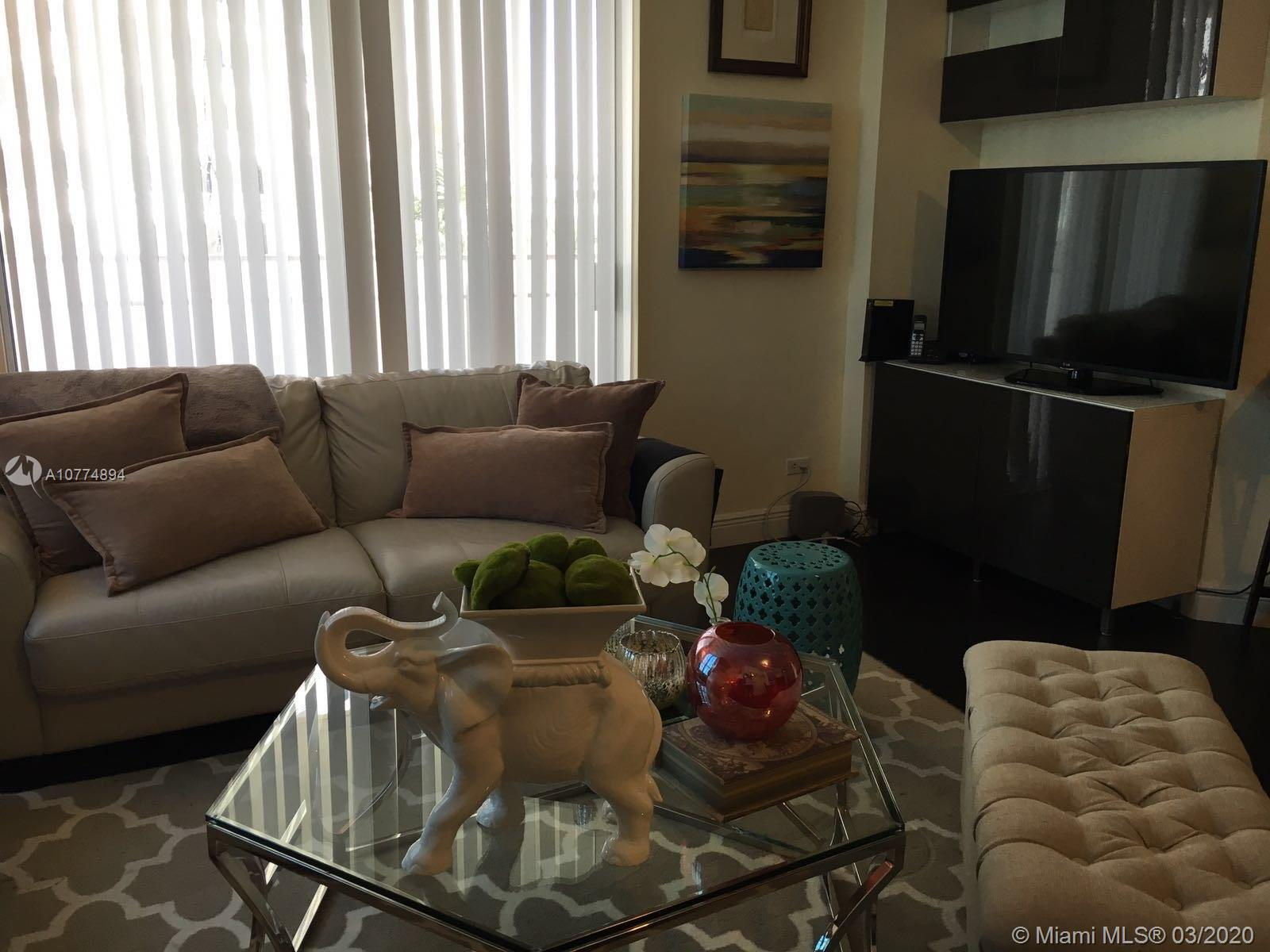 701 Brickell Key Blvd #604 photo014