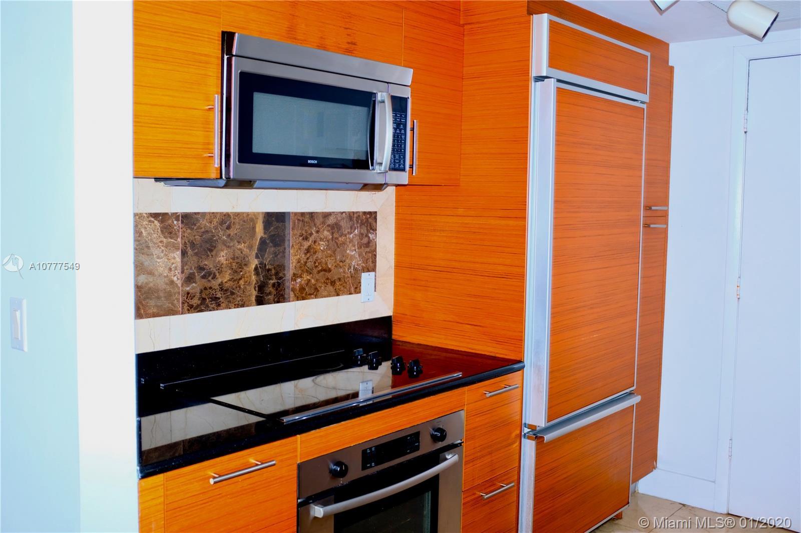 Property 50 Biscayne Blvd #3010 image 8