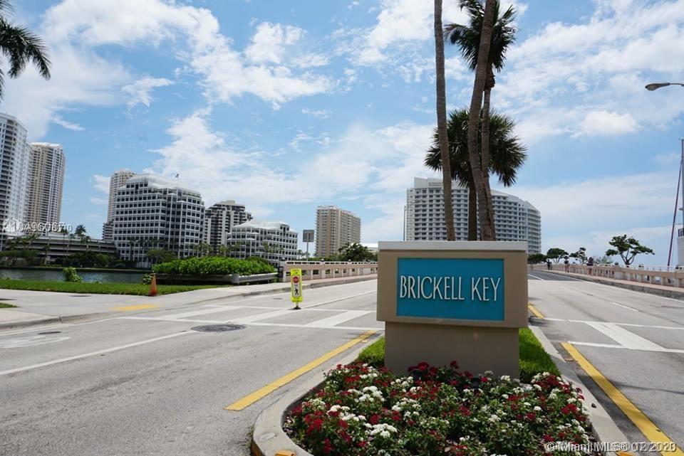 520 Brickell Key Drive #A-1201 photo047