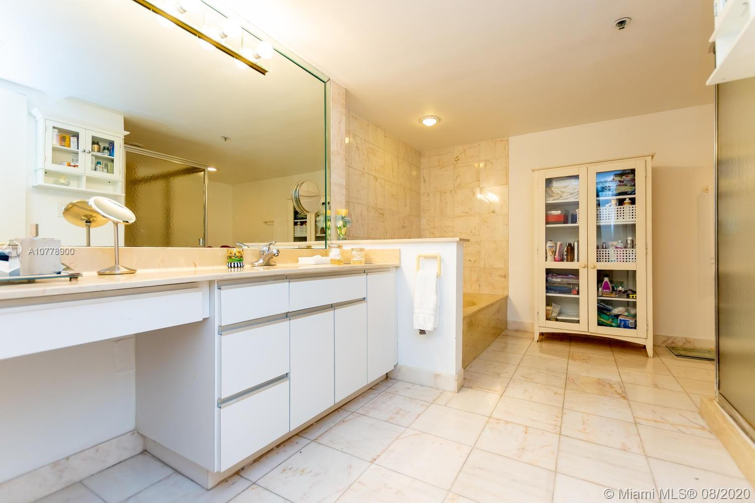 8877 Collins Ave #610 photo019