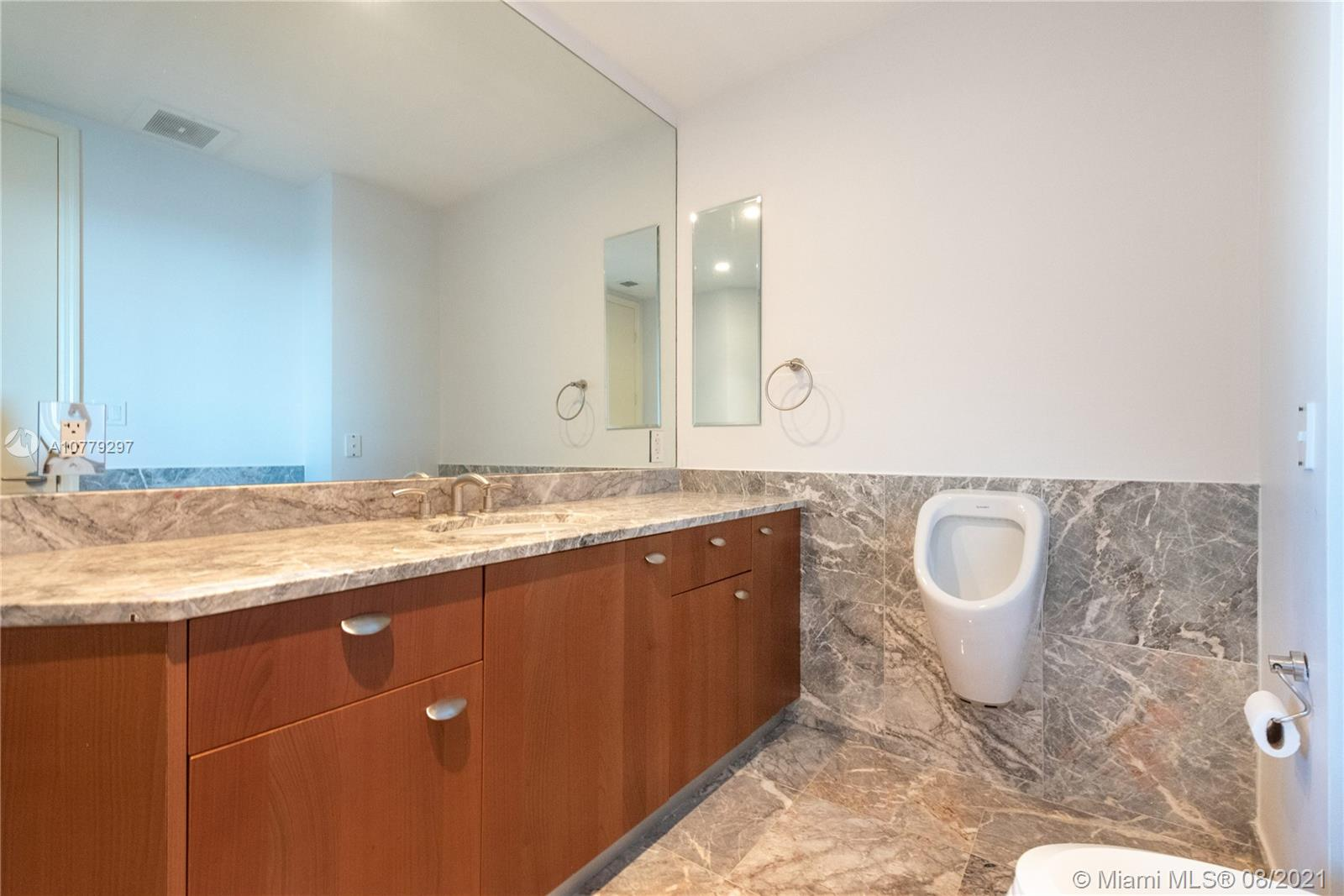 16047 Collins Ave #2104 photo014