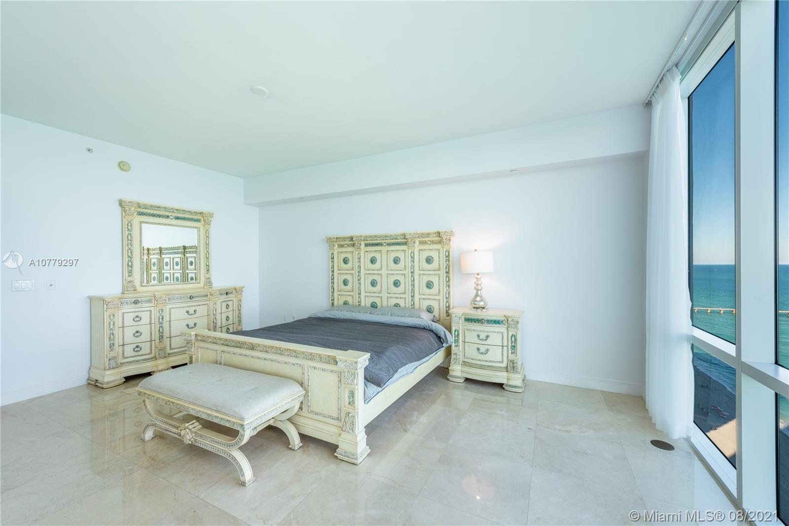 16047 Collins Ave #2104 photo011