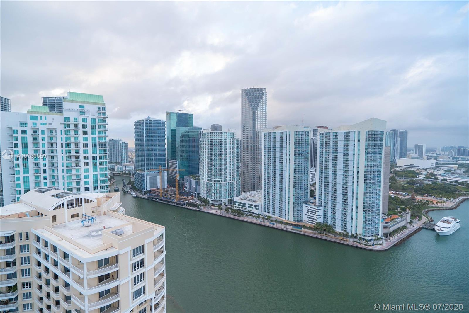 848 Brickell Key Dr #3806 photo032