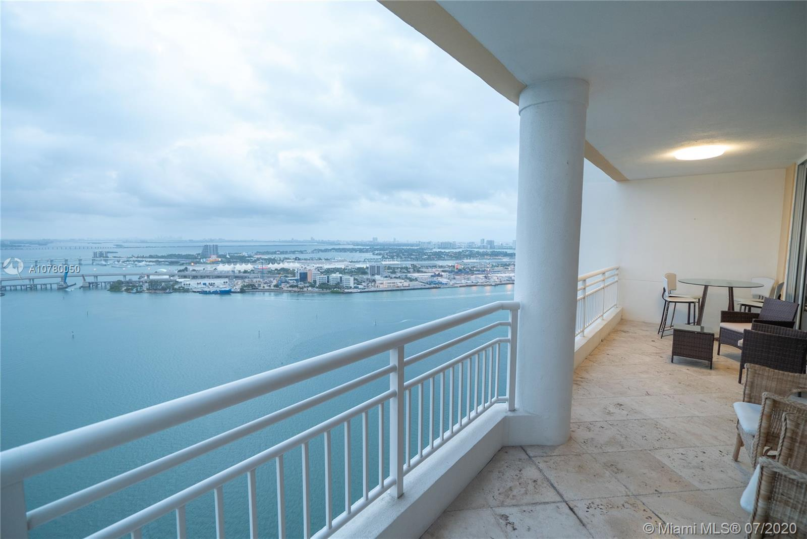 848 Brickell Key Dr #3806 photo050